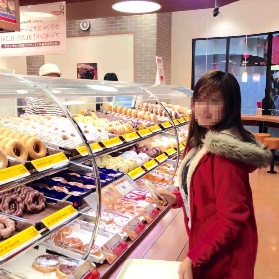 国際結婚し来日した後、日本のドーナツショップに行きました