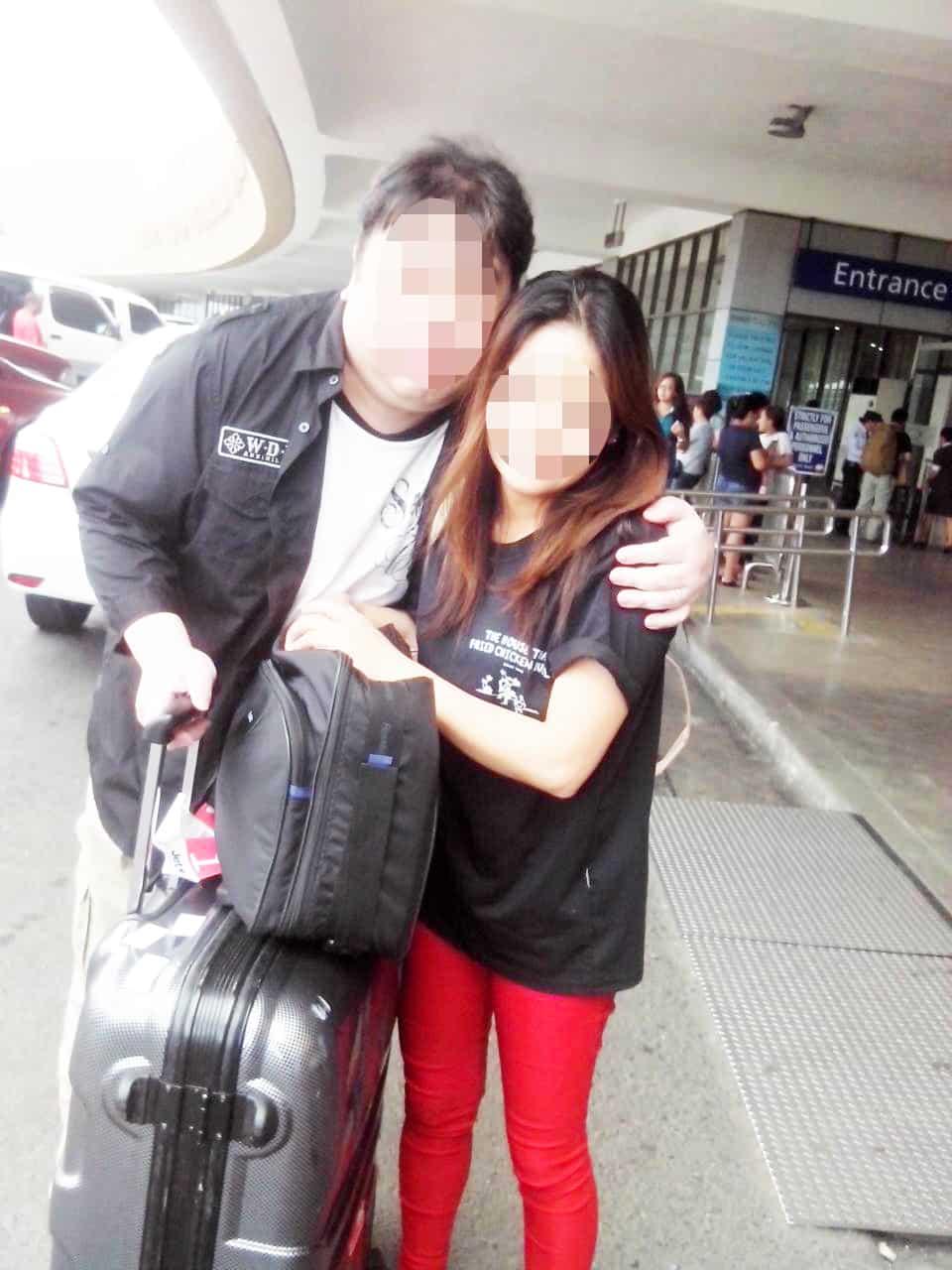 婚約者が女性がマニラ空港でお見送り