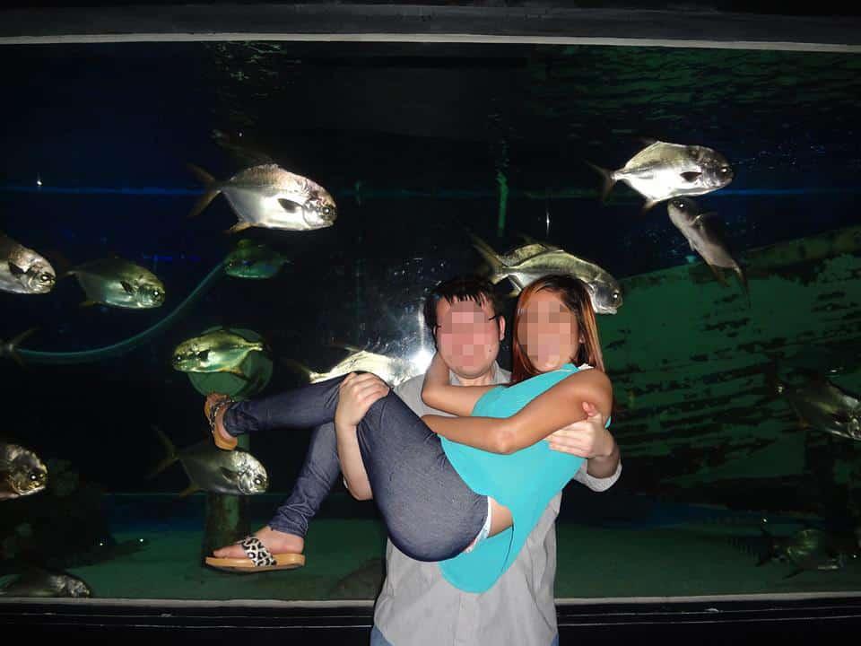 国際結婚を決めた美人と水族館でデート