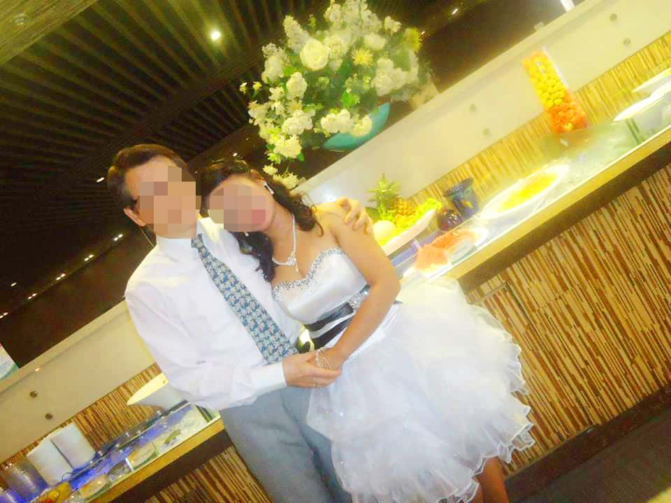 フィリピン人女性との結婚式 - 披露宴のレストランにて