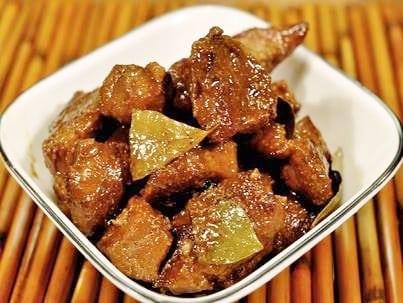 国際結婚希望のフィリピン女性と食べるフィリピン料理 - アドボ