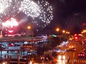 国際結婚希望のフィリピン女性と楽しむマニラ湾沿いの花火