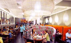 国際結婚希望のフィリピン女性と行くフィリピンマニラのレストラン メサMesa