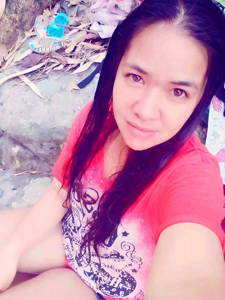 フィリピン女性の写真-国際結婚希望のクリスティーナさん