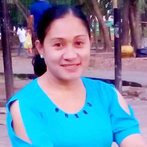 フィリピン女性の写真-国際結婚希望のエルナさん