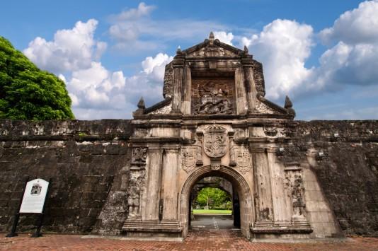 フィリピンの観光名所 サンチャゴ要塞