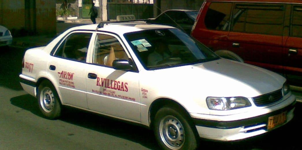 国際結婚希望のフィリピン女性と乗るフィリピンのレギュラータクシー
