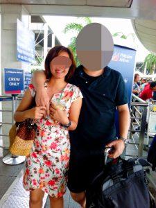 フィリピン人女性が空港でお見送り