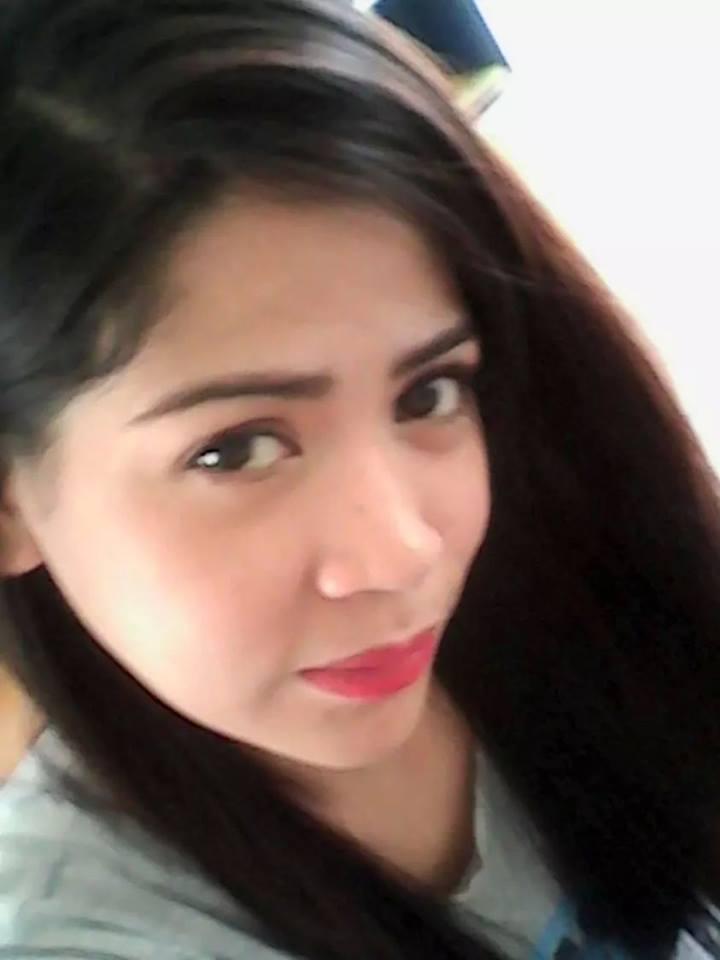 フィリピン女性の写真-国際結婚希望のロサリンダさん2