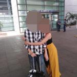空港で別れを惜しむカップル | 国際結婚フィリピン ラブバード