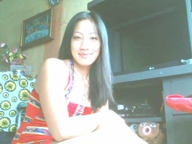 フィリピン女性の写真-国際結婚希望のジャクリーンさん