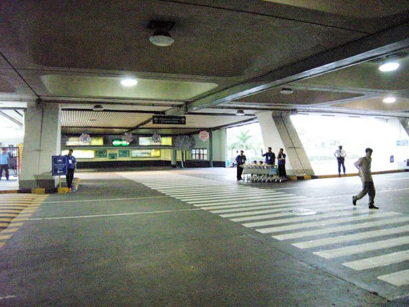 国際結婚のための渡航時、フィリピンでの空港待ち合わせ場所 - NAIAターミナル1