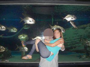 フィリピン女性とお見合い後のデート – 水族館