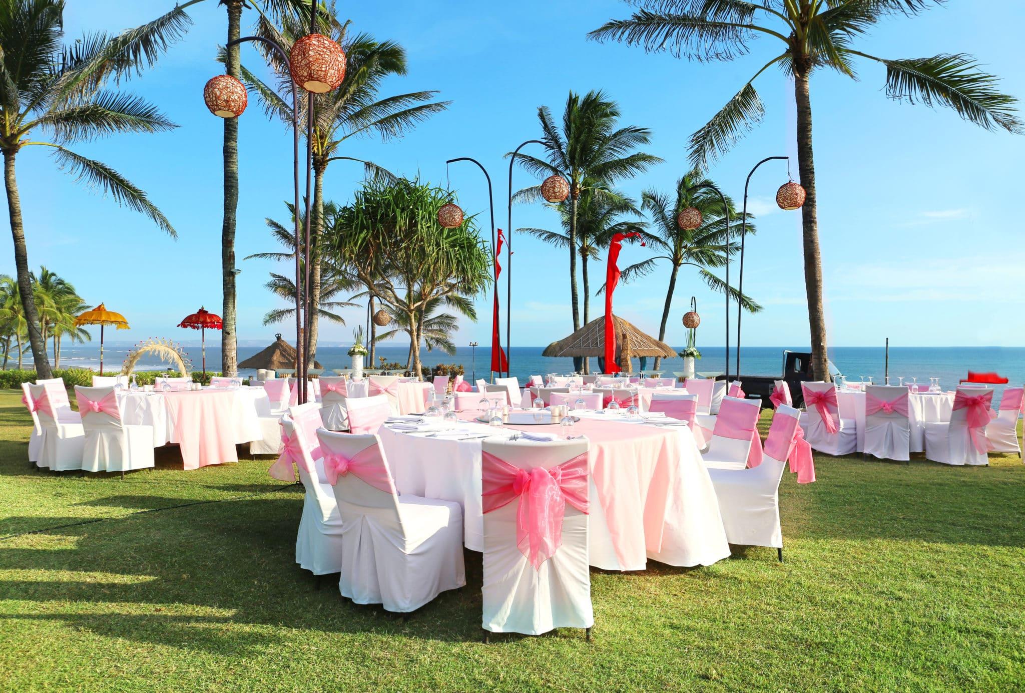 エレガントな結婚式のセッティング | 国際結婚フィリピン ラブバード