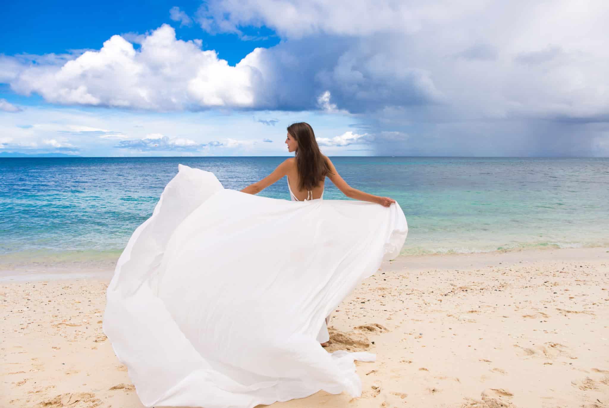 ビーチの花嫁